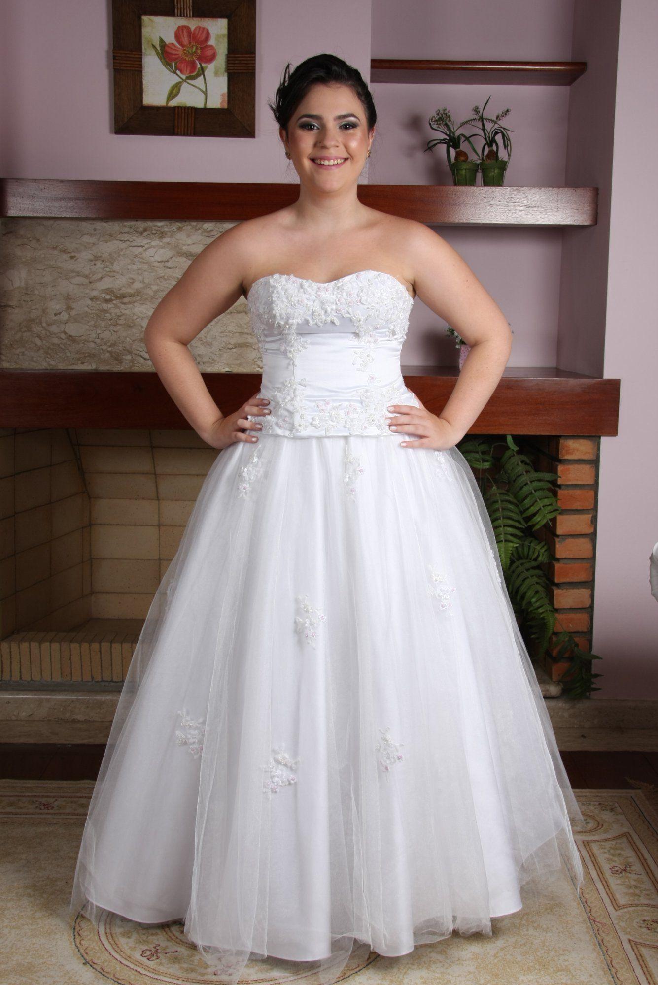 Vestido de Debutante Branco - 4 - Hipnose Alta Costura e Spa para Noivas e Noivos - Campinas - SP Vestido de Debutante, Vestido de Debutante Branco, Hipnose Alta Costura