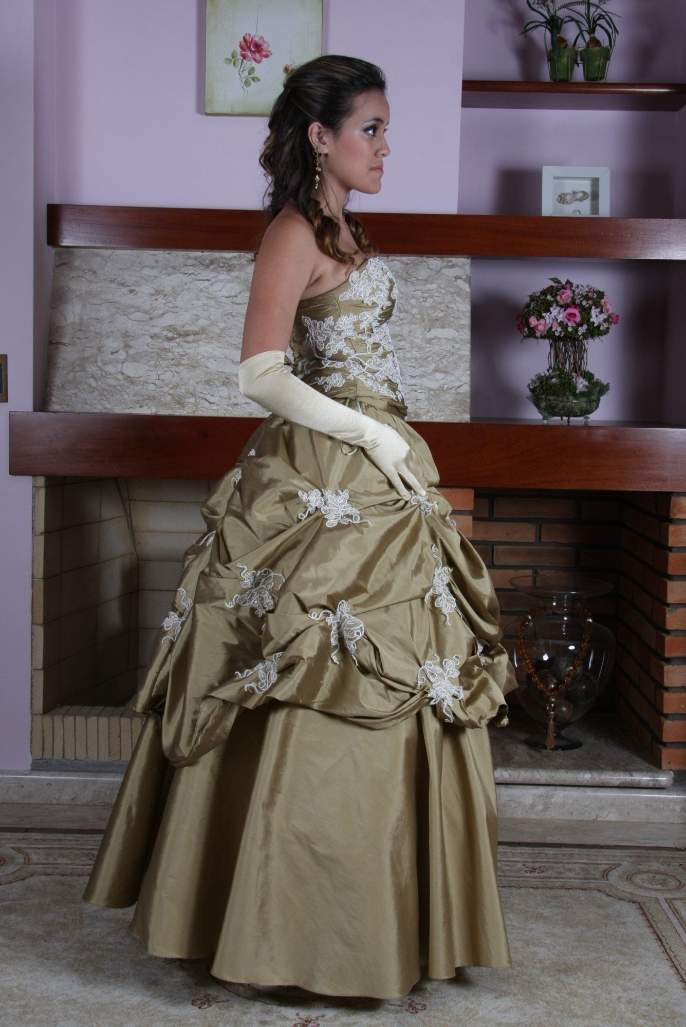 Vestido de Debutante Marfim e Ouro - 4 - Hipnose Alta Costura e Spa para Noivas e Noivos - Campinas - SP Vestido de Debutante, Vestido de Debutante Marfim e Ouro, Hipnose Alta Costura