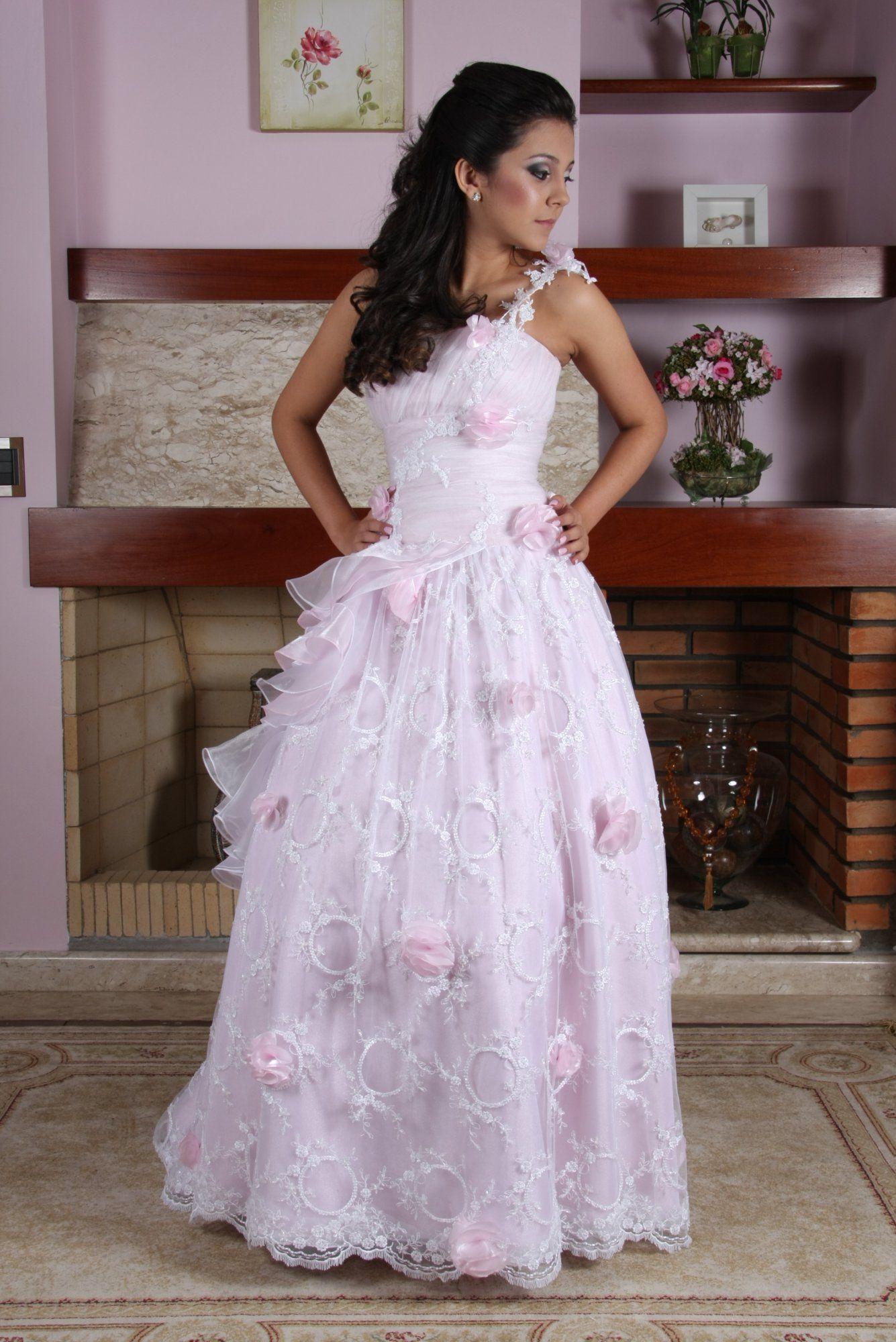 Vestido de Debutante Rosa - 23 - Hipnose Alta Costura e Spa para Noivas e Noivos - Campinas - SP Vestido de Debutante, Vestido de Debutante Rosa, Hipnose Alta Costura