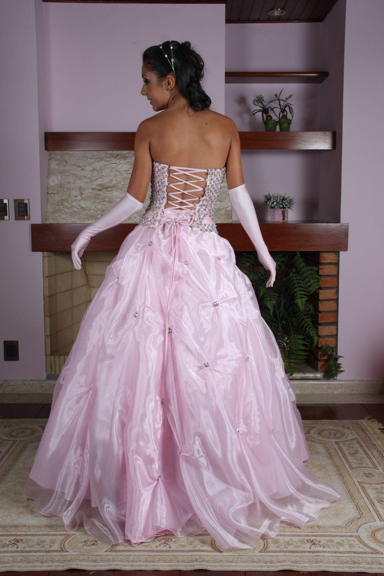 Vestido de Debutante Rosa - 3 - Hipnose Alta Costura e Spa para Noivas e Noivos - Campinas - SP Vestido de Debutante, Vestido de Debutante Rosa, Hipnose Alta Costura