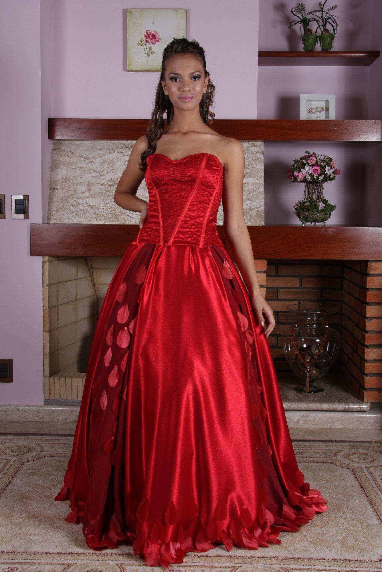 Vestido de Debutante Vermelho - 10 - Hipnose Alta Costura e Spa para Noivas e Noivos - Campinas - SP Vestido de Debutante, Vestido de Debutante Vermelho, Hipnose Alta Costura