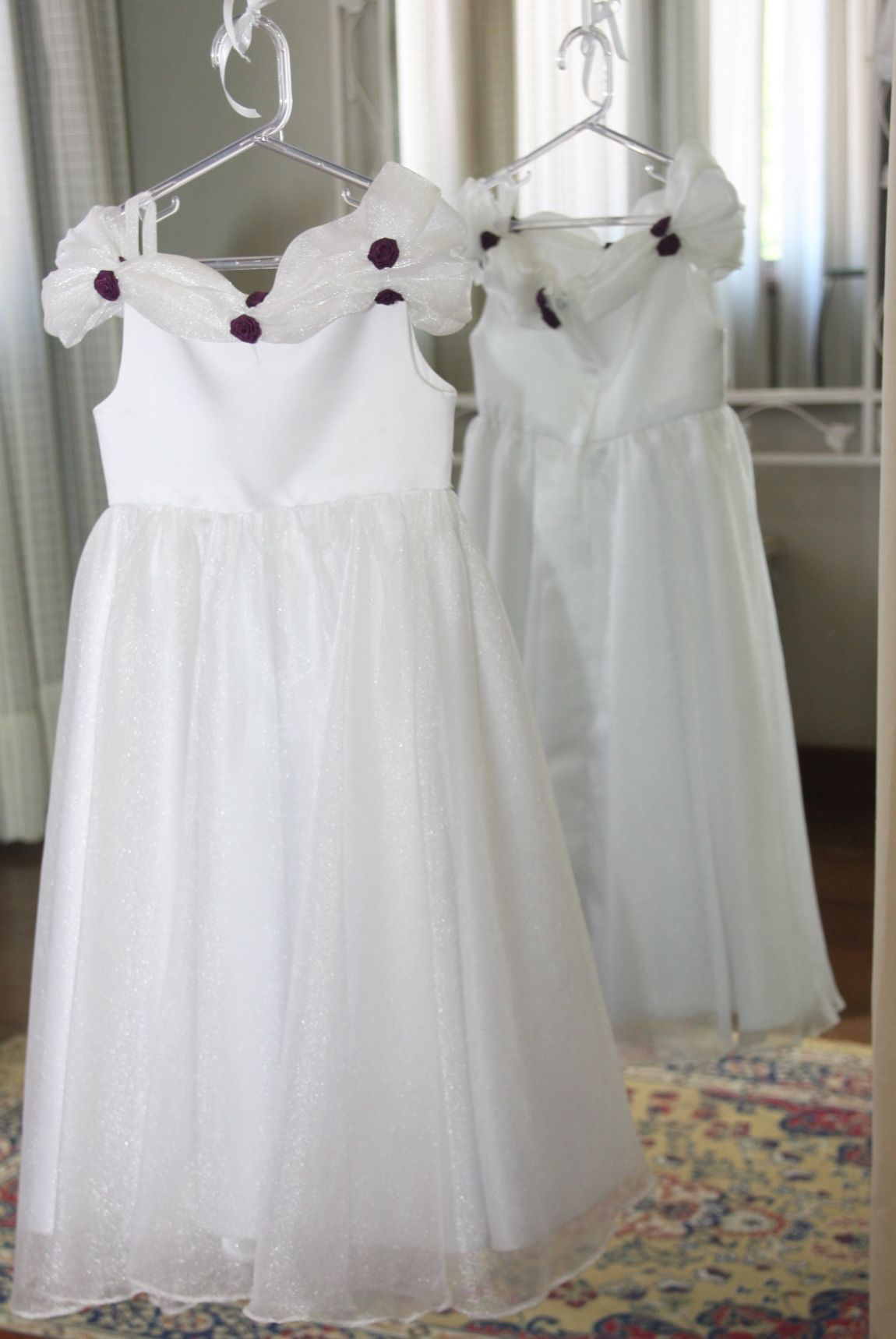 Vestidos para Daminha - 132 - Hipnose Alta Costura e Spa para Noivas e Noivos - Campinas - SP Vestido de Daminha, Vestido para Daminha de Casamento, Hipnose Alta Costura