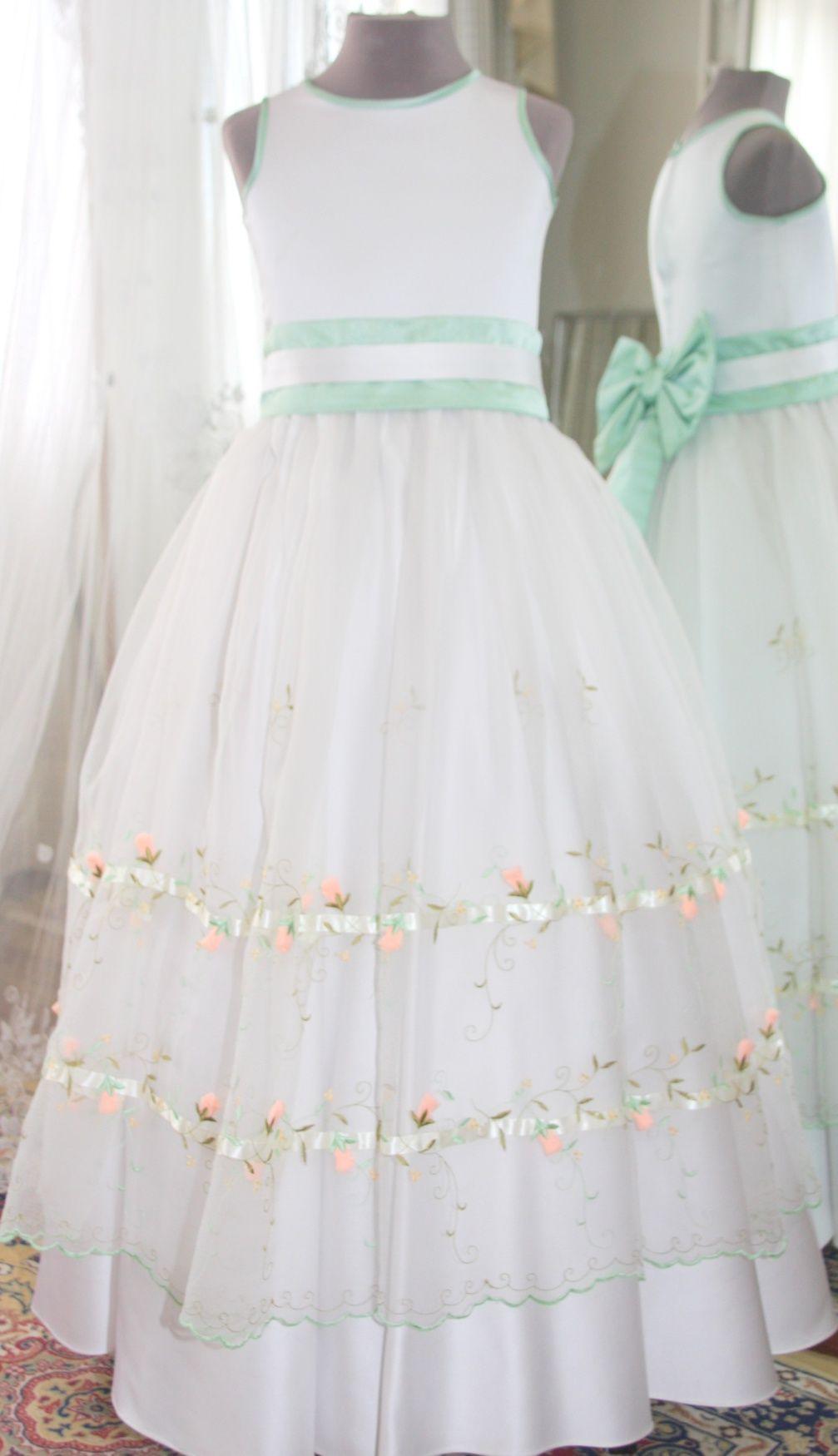 Vestidos para Daminha - 134 - Hipnose Alta Costura e Spa para Noivas e Noivos - Campinas - SP Vestido de Daminha, Vestido para Daminha de Casamento, Hipnose Alta Costura