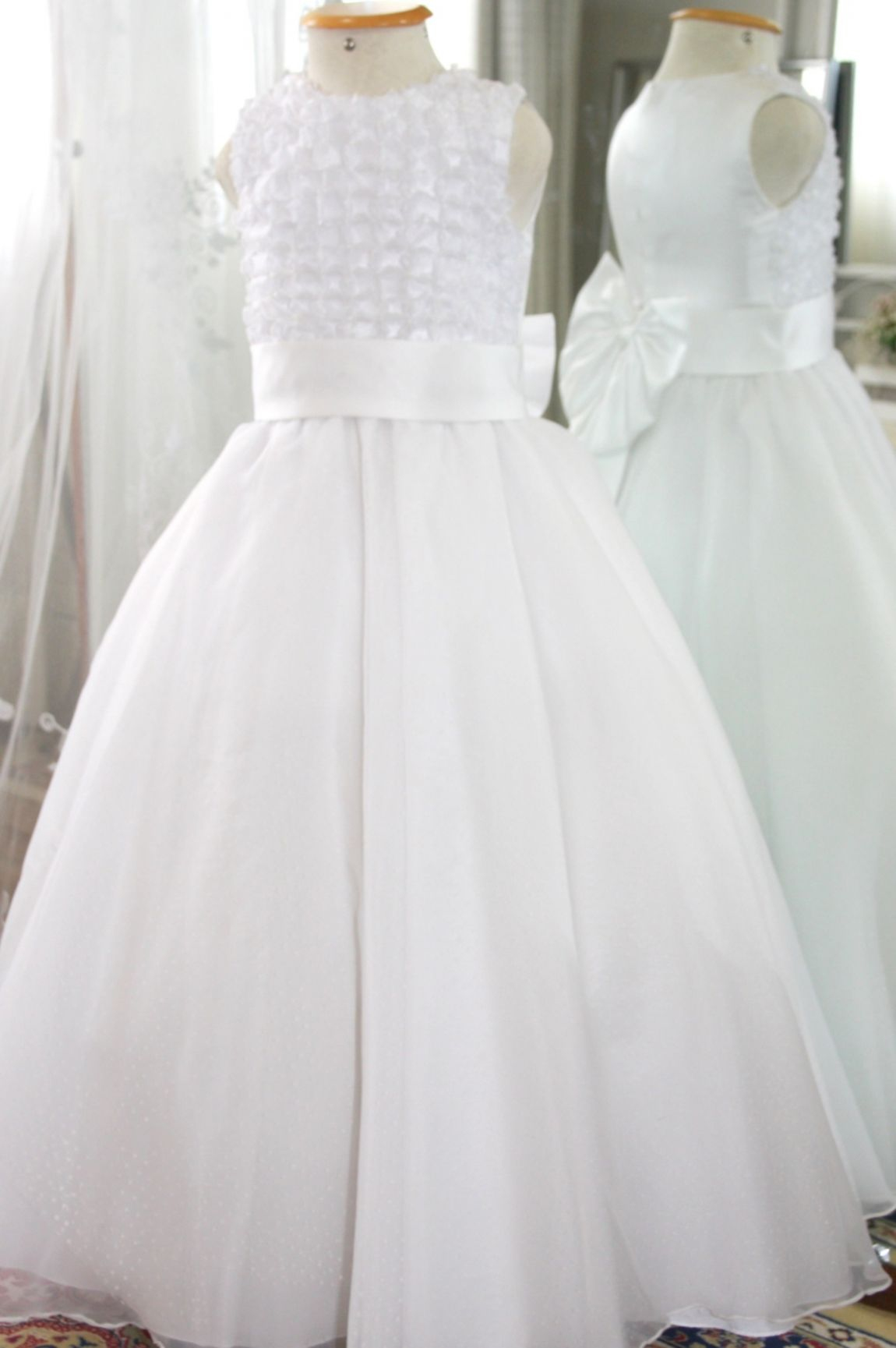 Vestidos para Daminha - 140 - Hipnose Alta Costura e Spa para Noivas e Noivos - Campinas - SP Vestido de Daminha, Vestido para Daminha de Casamento, Hipnose Alta Costura