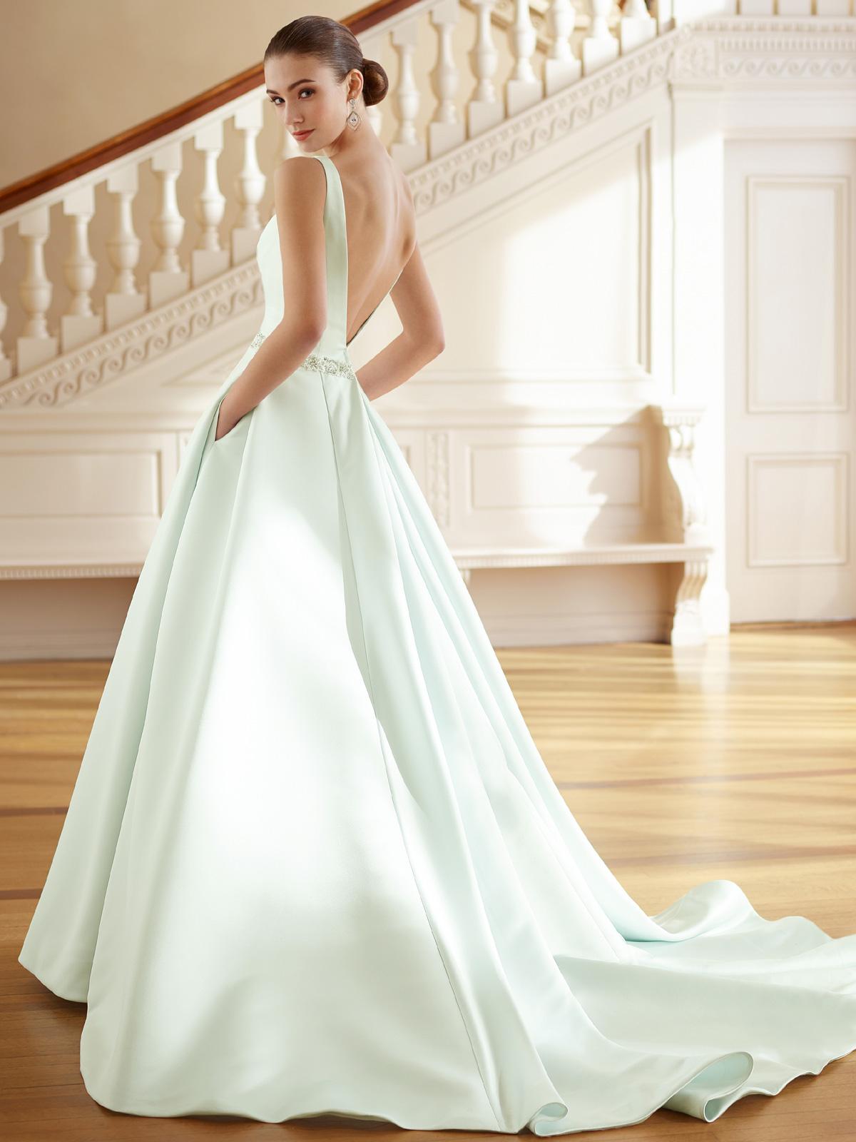 Vestido de Noiva Laine - Hipnose Alta Costura e Spa para Noivas e Noivos - Campinas - SP Vestido de Noiva, Vestidos de Noiva Princesa, Hipnose Alta Costura, Vestido de Noiva Laine