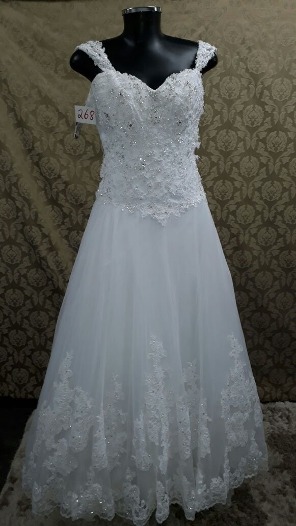 Vestido de Noiva Poason - Hipnose Alta Costura e Spa para Noivas e Noivos - Campinas - SP Vestido de Noiva, Vestidos de Noiva Princesa, Hipnose Alta Costura, Vestido de Noiva Poason